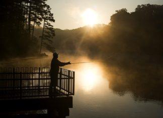 Sklep wędkarski, czyli co kupić idąc na ryby