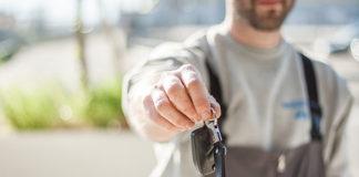 Nowe i używane auta – kupisz w salonie dealerskim marki