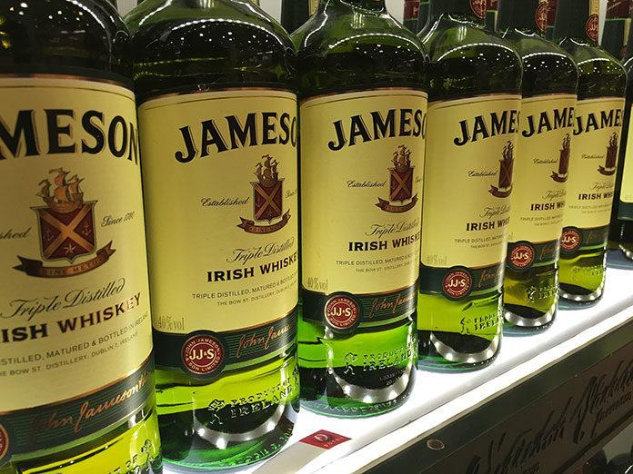 Jameson whisky cena, czyli co wyróżnia irlandzkie trunki?